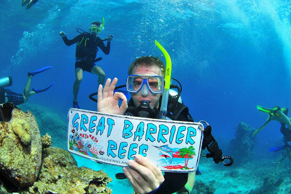 Great Barrier Reef Information - Facts, Weather, Maps and more
